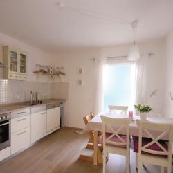 schwedenhaus-innen-küche-3