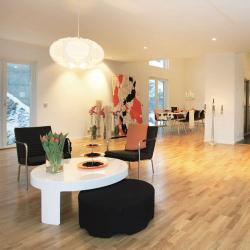schwedenhaus-innen-villa-origo-wohn-essbereich